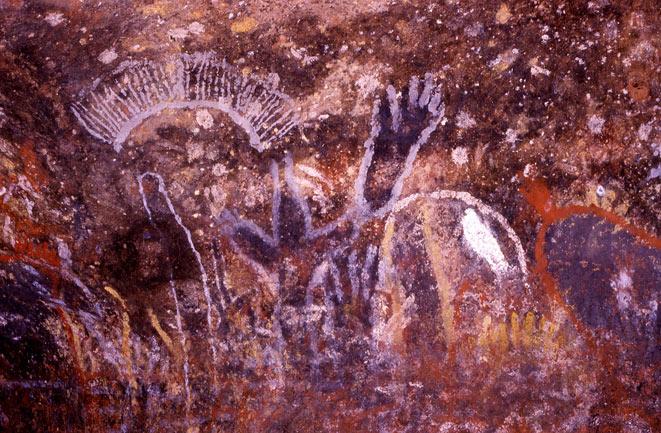 uluru-paintings